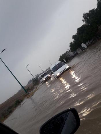 فيديو | مياه الأمطار تغرق عدة مناطق في النقب