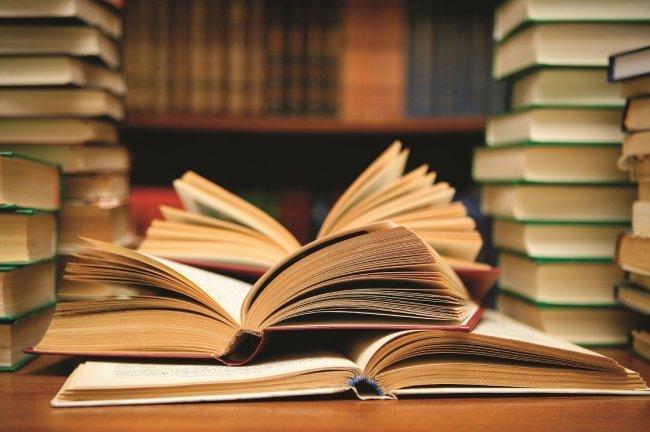 """""""الثقافة"""" تصدر 3 كتب جديدة"""