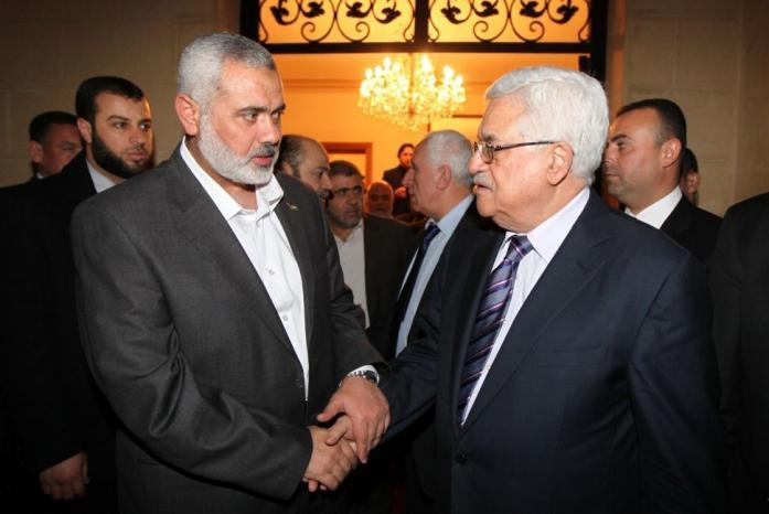هنية ومشعل يهاتفان الرئيس للتعزية بوفاة الراحل أحمد عبد الرحمن