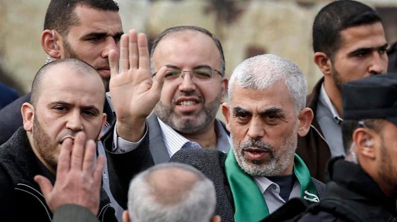 لا بوادر لحل الأزمة الإنسانية بغزة.. فشل لقاء السنوار مع منسق الأمم المتحدة