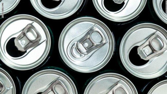 مشروبات الطاقة تدفع بريطانية لاستعمال جهاز لتنظيم ضربات القلب