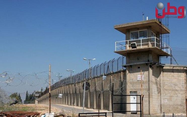 شؤون الأسرى: علامات التعب والإعياء بدأت تظهر على 11 أسيرا مضربا عن الطعام رفضا للاعتقال الإداري