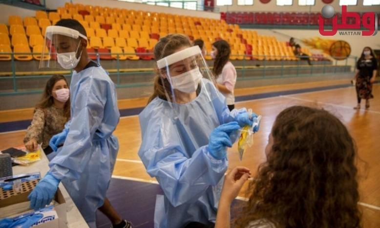 """الصحة """"الإسرائيلية"""": حالتا وفاة و952 إصابة جديدة بكورونا"""