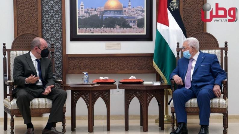 المبعوث الأمريكي يحذر.. السلطة الفلسطينية بوضع خطير وغير مستقر