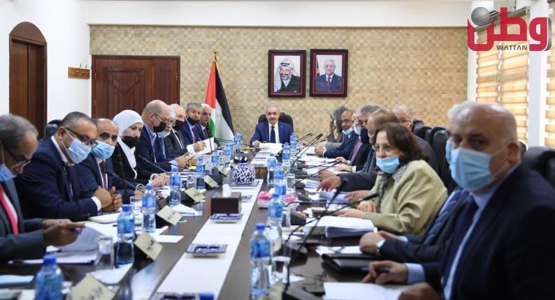 اشتية: تعزيز صمود المواطنين في الحرم الإبراهيمي والبلدة القديمة بمدينة الخليل على أعلى سلم أولوياتنا