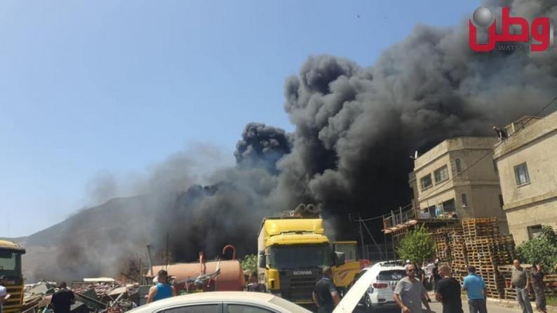 إخلاء 50 منزلا في الرامة بالداخل المحتل جراء حريق في حي الدبة