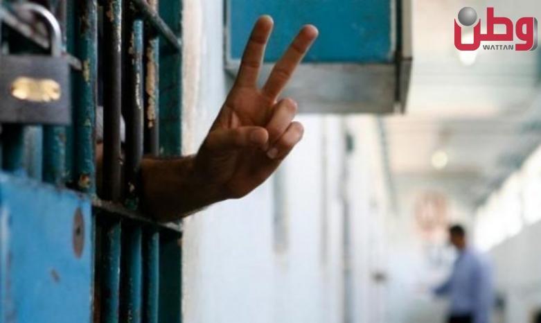 الاحتلال يمدّد توقيف أسير من جنين للمرة الثالثة