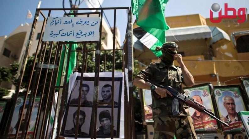 في اشارة للرضوخ لشروط المقاومة .. الاحتلال يطلب من مصر تحريك مفاوضات صفقة التبادل مع حماس