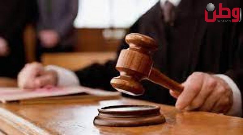 بداية طولكرم تصدر حكما بالسجن مدة 15 سنة وغرامة مالية 15 ألف دينار لمدان بتهمة تداول مواد مخدرة