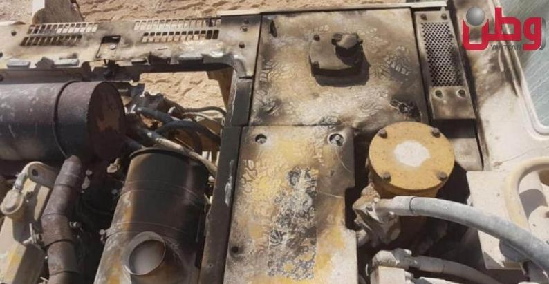 مستوطنون يحرقون معدات منشار حجر في بلدة جماعين
