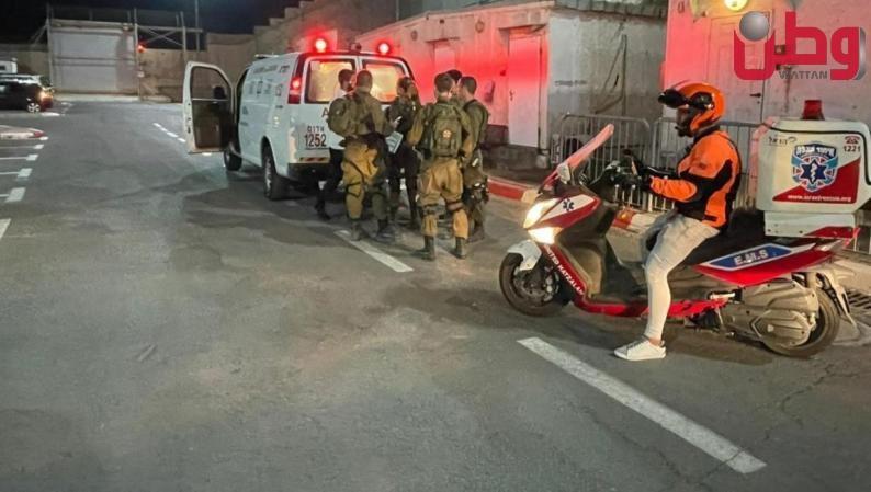الاحتلال يعلن عن إصابة أحد جنوده جراء اطلاق نار على حاجز قلنديا
