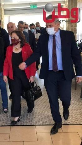 """وزيرة الصحة: اتفاق مع """"الصحة الاسرائيلية"""" على إزالة العقبات أمام تنقل المرضى من قطاع غزة الى الضفة الغربية ونقلهم من """"إسعاف إلى إسعاف مباشرة"""""""