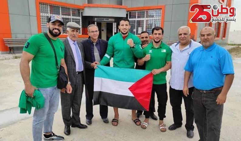 """""""يديعوت أحرونوت"""": رفض رياضيين عرب مواجهة إسرائيليين يكشف إفلاس التطبيع"""
