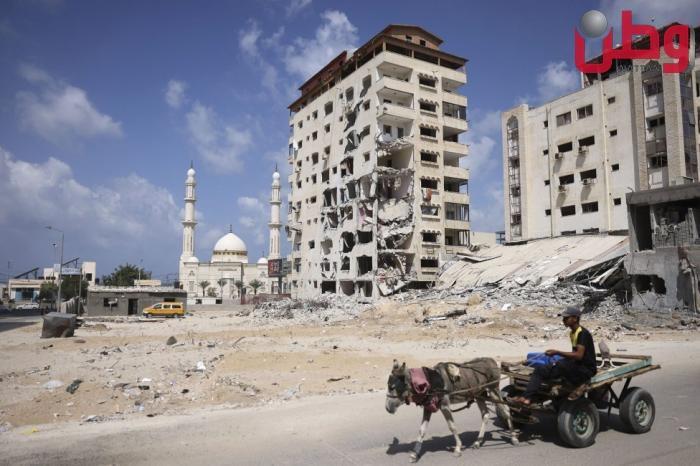 الحكومة تعلن تقديم منح مالية لشركات تضررت من عدوان الاحتلال والجائحة