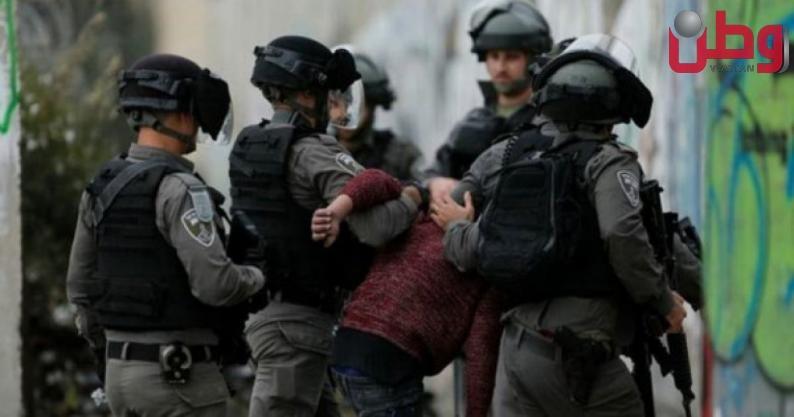 قوات الاحتلال تعتدي على المواطنين في منطقة السهلة بالخليل وتعتقل مواطنين