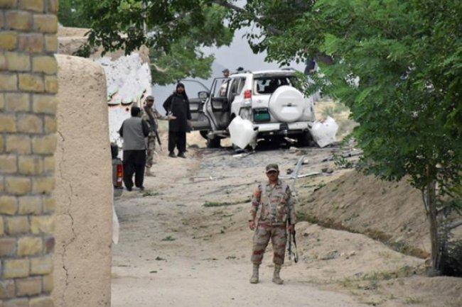 إصابة نائب رئيس البرلمـــان الباكستاني في انفجار أوقع 10 قتلى