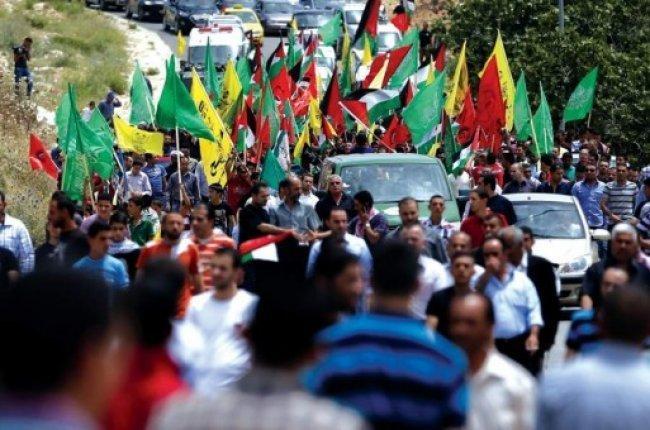 الفصائل: يجب عدم رهن العقوبات على غزة بتمكين الحكومة -