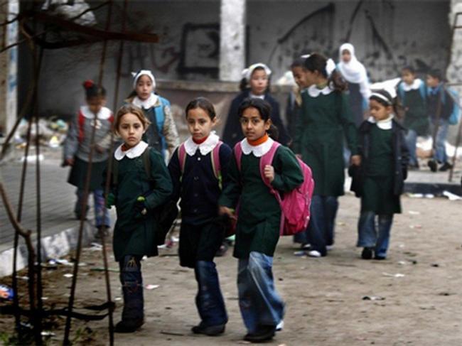 تعليق دوام المدارس في غزة الثلاثاء القادم -