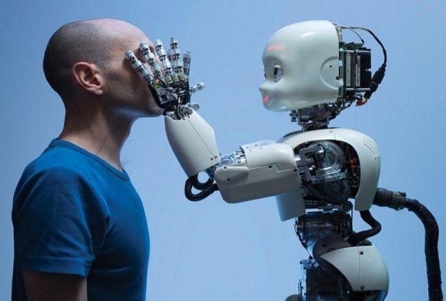 تفوقت على البشر.. هل تهدد الروبوتات القارئة وظائفنا ؟ -