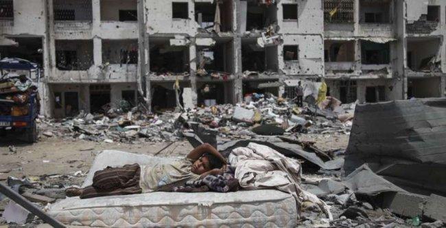 ميلادينوف يطرح خطة لانقاذ قطاع غزة -