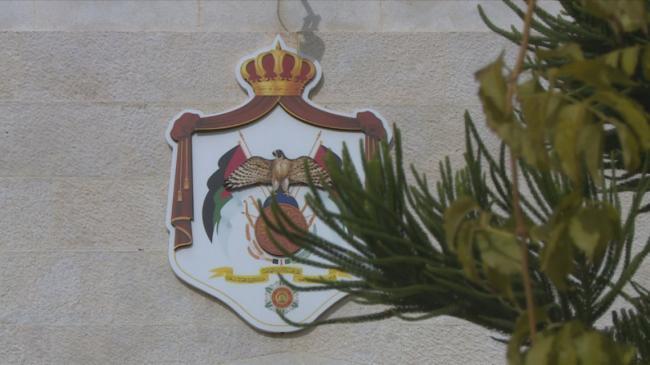 رئيس الوزراء الاردني يطلب من وزيري الداخلية والعدل تقديم استقالتيهما لمخالفتهما أوامر الدفاع المتعلقة بمواجهة كورونا