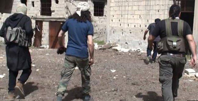 تنظيم  داعش  بحث عن رفات جنود إسرئيليين في مخيم اليرموك بطلب من  تل أبيب  -