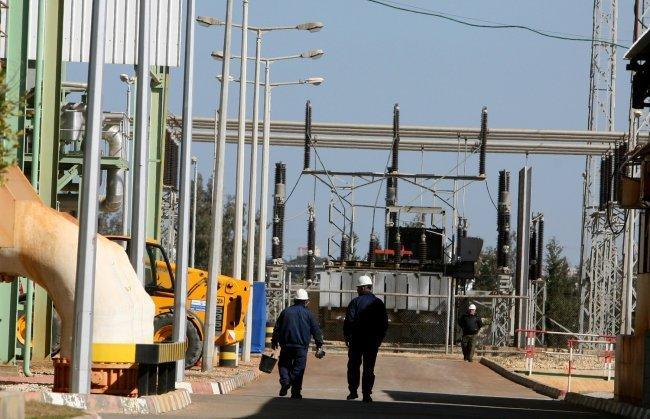 ادخال وقود مصري الى غزة -